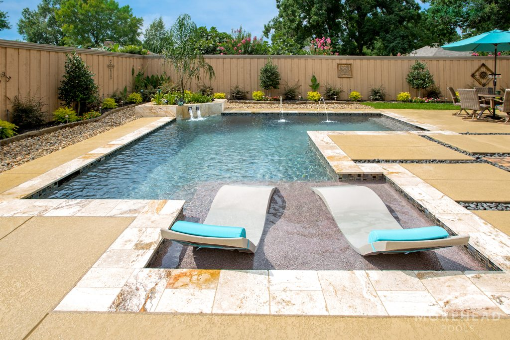 Tanning ledge pool feature